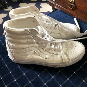 Vans White Leather Sk8 Hi